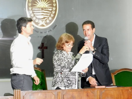 Leo Rial jura como concejal en Vicente López